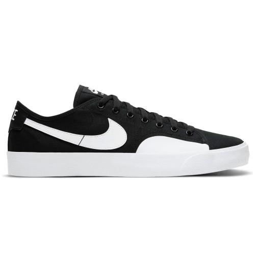 Nike SB BLZR Court, Negro/Negro/Gum...